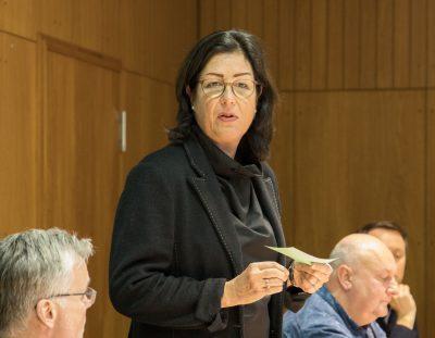 Martina Köster-Flashar bei der Wahlversammlung zur Landrats-Kandidatur.